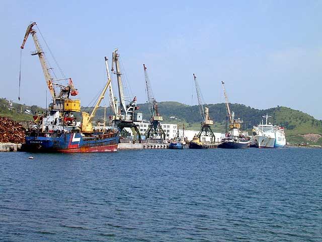 Юрий Трутнев не исключил предоставления Зарубино статуса свободного порта
